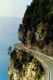 This road is dangerous.